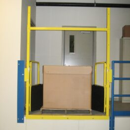 Pallet Self Closing Safety Gate