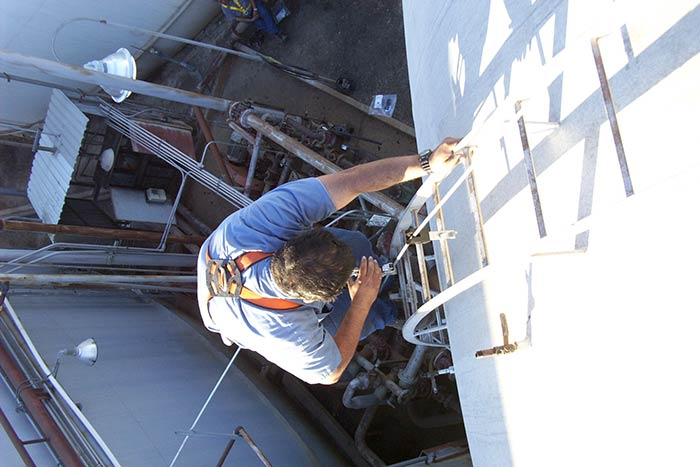 Ladder Cable Fall Arrest for Roof Hatch Ladder