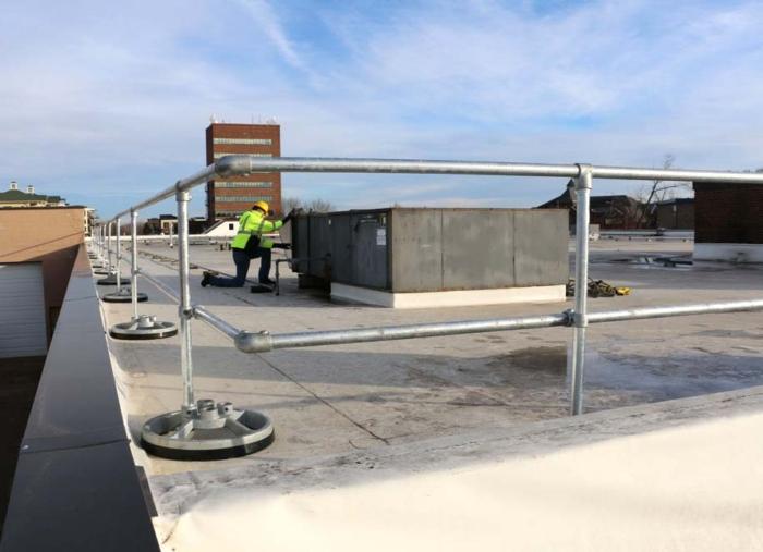 Steel Galvanized Guardrails - 90 DEGREE CORNERS