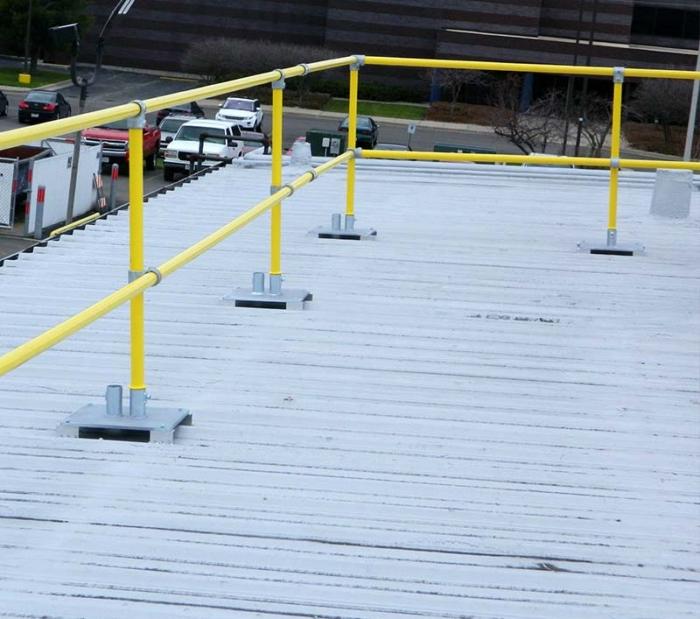 Steel Galvanized Guardrails - R-PANEL METAL DECKS