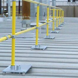 Standing Seam Roof Base Plate (Steel Non-penetrating & Fixed Guardrails)