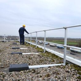 Aluminum Non-penetrating Guardrails